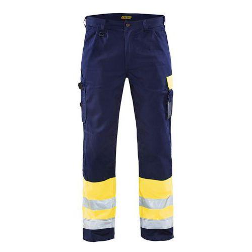 Pantaloni con le pince